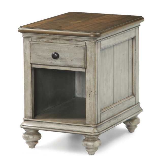 Plymouth | Chairside Table