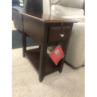 Lane® Home Furnishings CLOSEOUT Chairside Table 8710-21