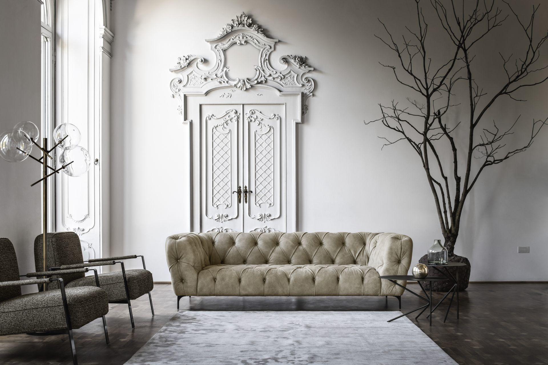 Nicoline Duomos Sofa