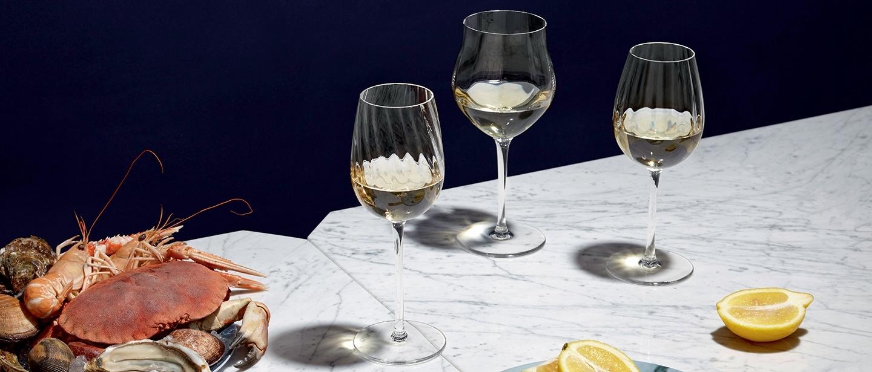 Saint-Louis Twist 1586 Young Wine Glass
