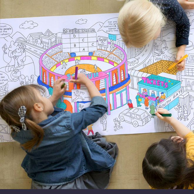 Giant colouring roll-city