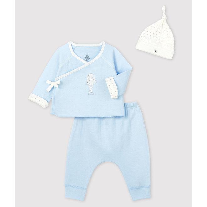 Baby boy's blue tube-knit gift set