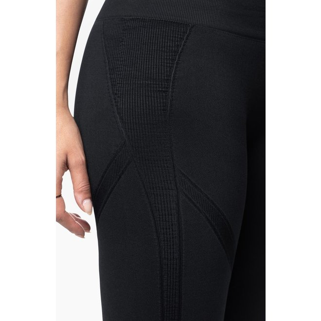 Belly Bandit Mother Tucker Active Capri Black