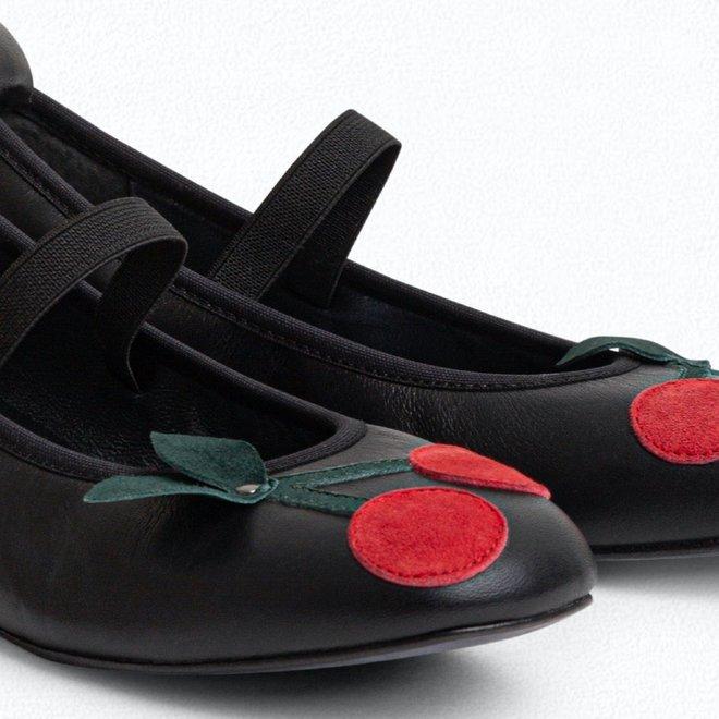 Black Cerise Flat Ballerinas For Girls