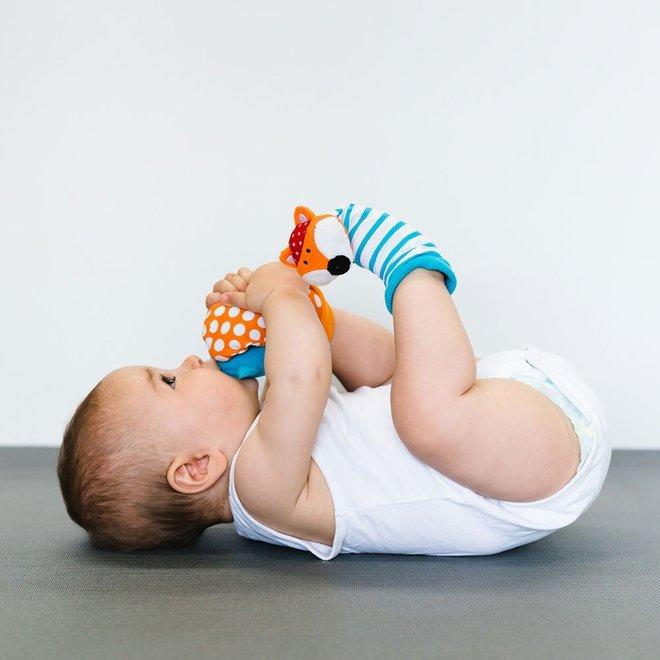Düo – Developmental foot finders with rattle