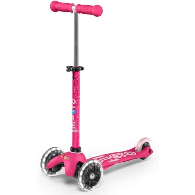 Mini Micro Deluxe LED Kickboard Pink