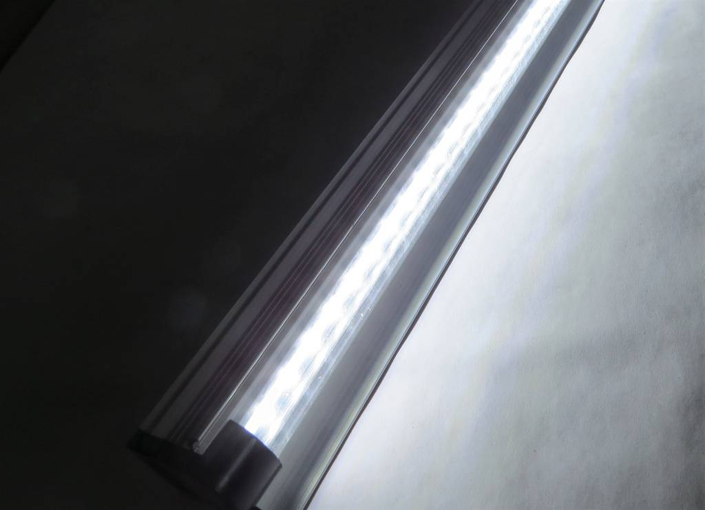 SunBlaster Lampe DEL Sunblaster 6400k 24po