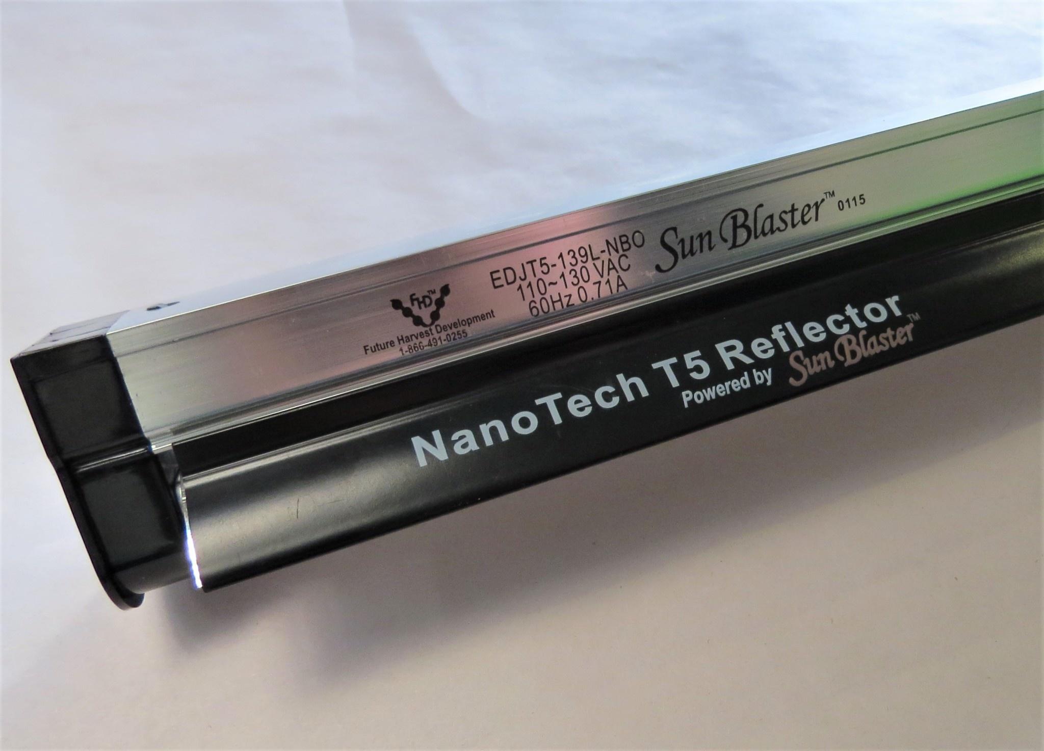 SunBlaster Néon T5 avec Fixation et réflecteur 36po 6400K Sun Blaster