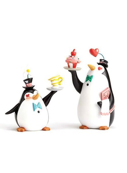 Disney The World of Miss Mindy Mary Poppins Penguin Waiters Set Statue
