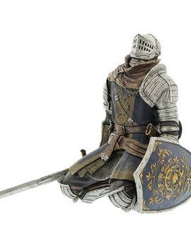 Dark Souls Oscar Knight of Astora Sculpt Collection Statue