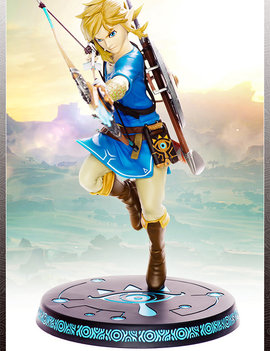 First 4 Figures The Legend of Zelda: Breath of the Wild Link PVC Statue