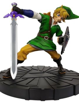 Dark Horse The Legend of Zelda: Skyward Sword Link 10-Inch Statue