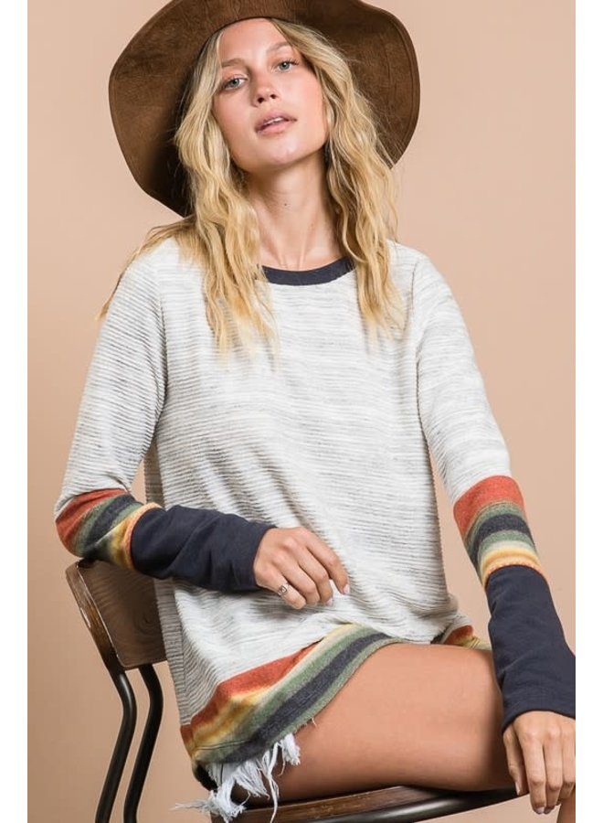 Solid ribbed striped contrast sleeves