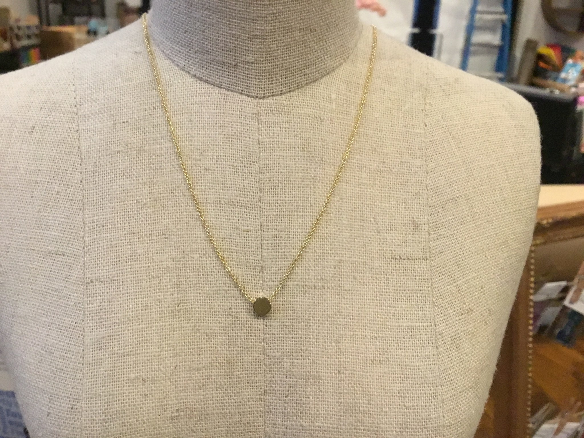 Covenant Mini Round Necklace 14kt Yellow Gold