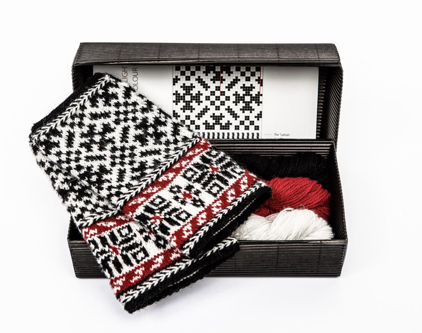 """Hobbywool Fingerless Mittens Knitting Kit """"Twilight"""" 7"""