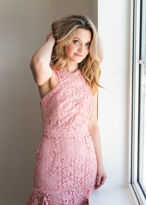 Adelyn-Rae Jessa Floral Lace Dress