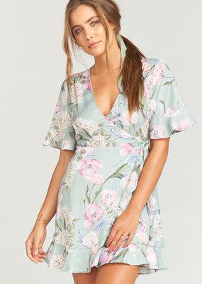 Show Me Your Mumu Show Me Your Mumu - Evelyn Mini Wrap Dress Primavera Flora