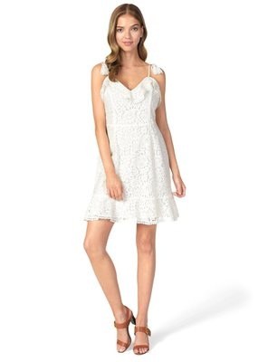 Cupcakes & Cashmere Loma Lace Dress