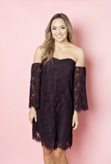 Cupcakes & Cashmere Adalira Lace Dress