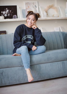 Brunette the Label Brunette the Label - Uplifting Babes Big Sister Sweatshirt in Navy