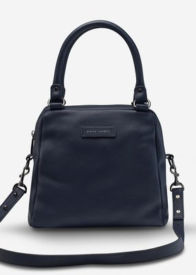 Status Anxiety Status Anxiety - Last Mountains Bag in Navy