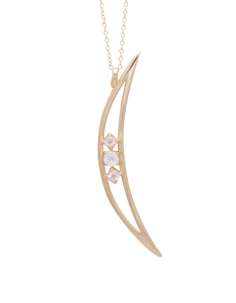 Sarah Mulder Crescent Moon Necklace - Moonstone