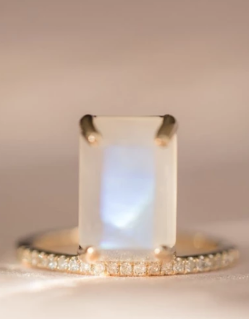 Melanie Auld Melanie Auld Emerald Ring - Moonstone