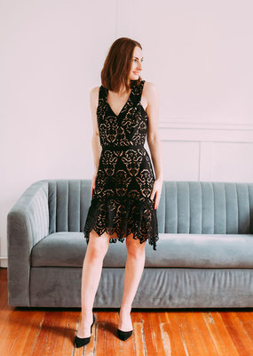 Adelyn Rae Damion Lace Midi Dress