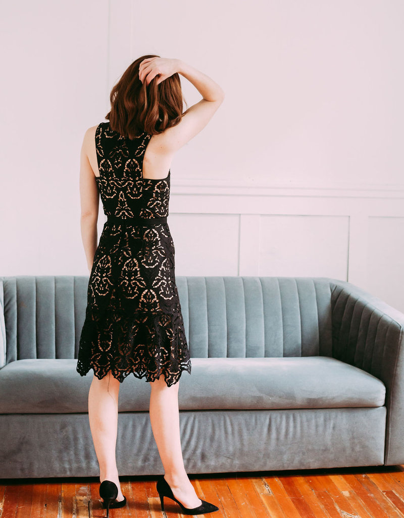 Adelyn Rae Damion Midi Dress