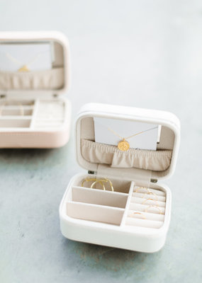 Lavender & Grace Travel Jewelry Case