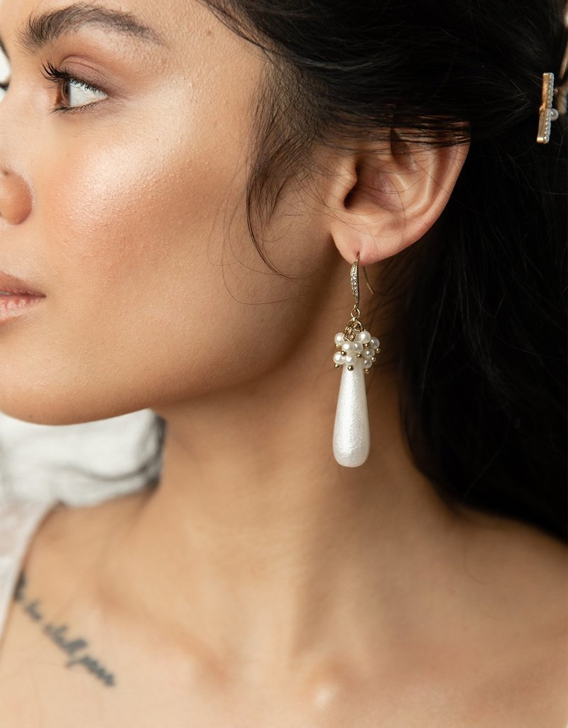 Olive & Piper Salvador Drop Earring in Ox Gold