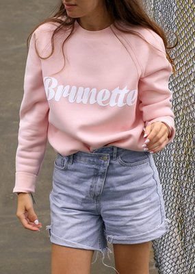 Brunette the Label Brunette the Label - Brunette Cursive Crew in Light Pink
