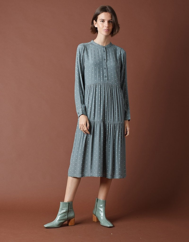 Indi and Cold Abbie Dress