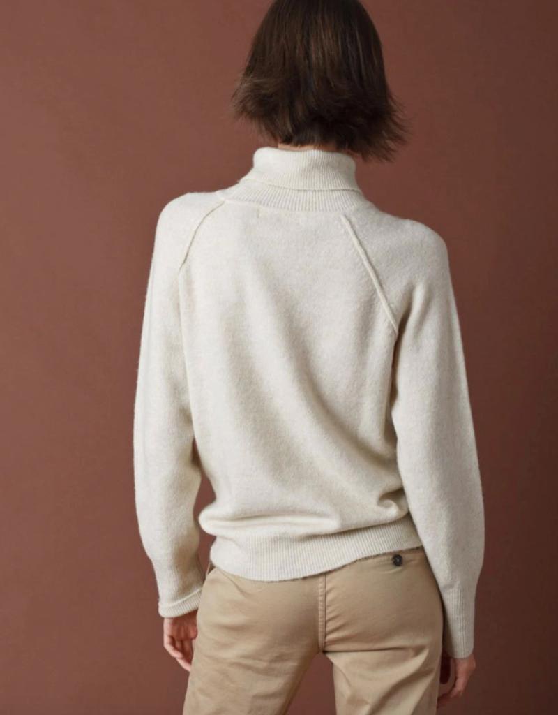Indi and Cold Carina Sweater