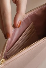 Lark and Ives Structured Clutch