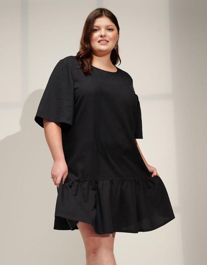 Emma Knudsen Lauren Dress in Black