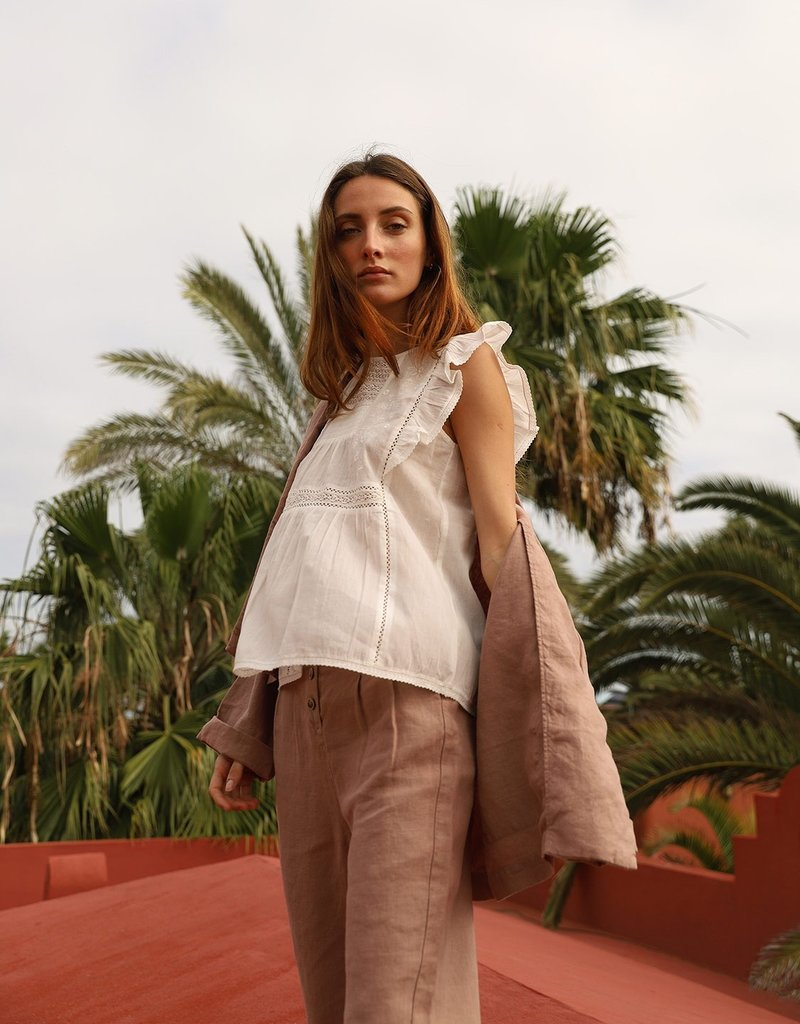 Indi and Cold Emmalyn Top