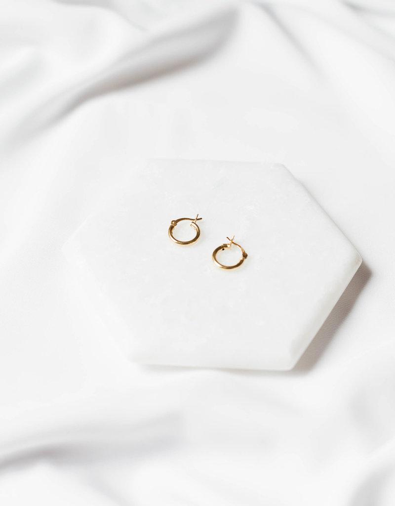 Lavender & Grace Grace Huggie Earring - Gold Filled