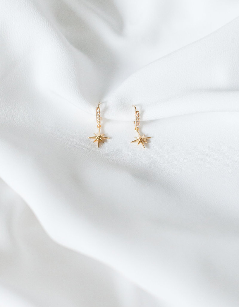 Lavender & Grace Nova Star Huggies - Gold