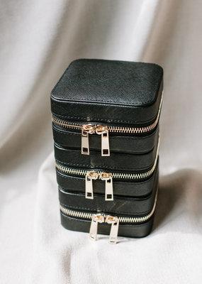 Lavender & Grace Lavender & Grace - Jewelry Case in Black