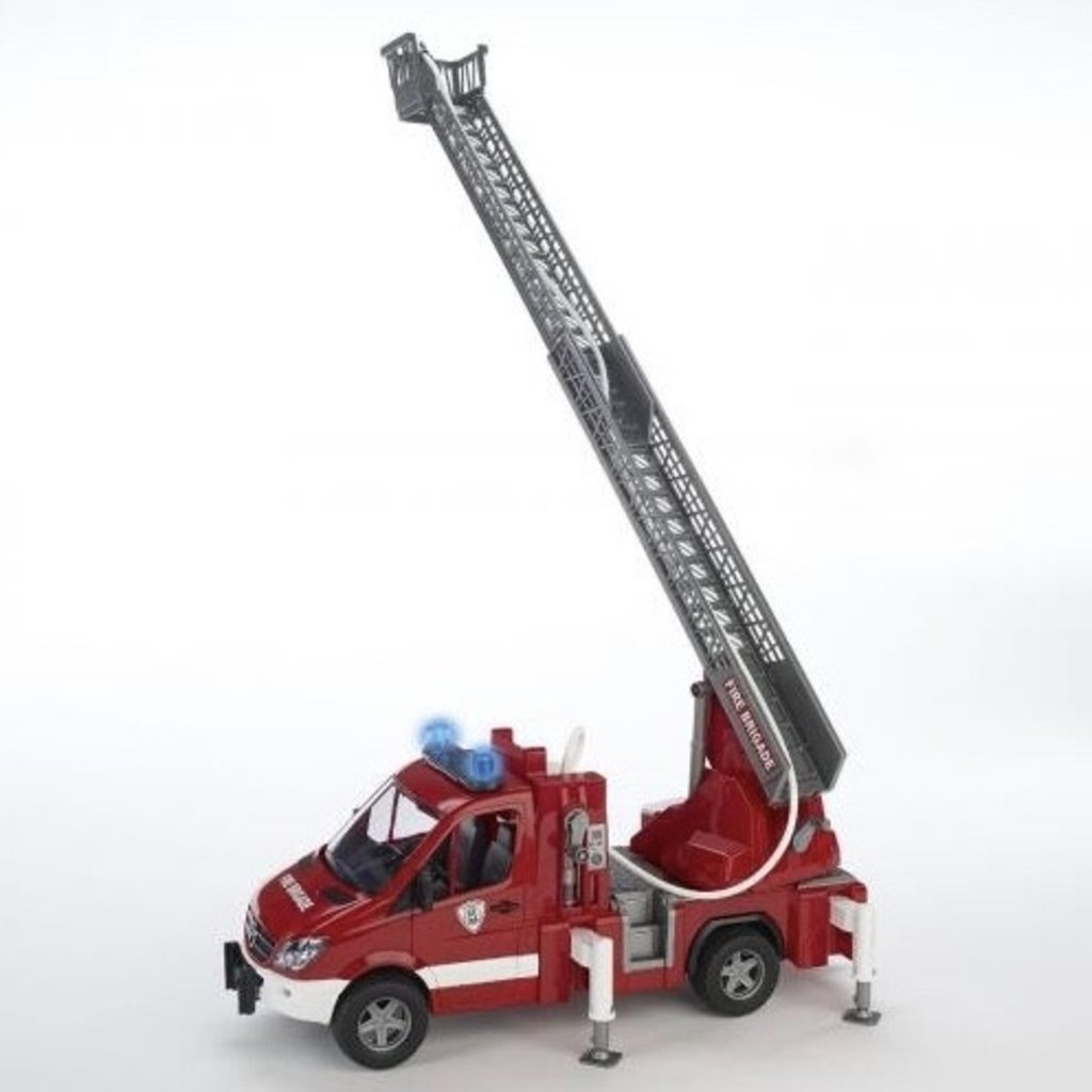 BRUDER MB SPRINTER FIRE ENGINE WITH LADDER WATER PUMP AND L/S MODULE