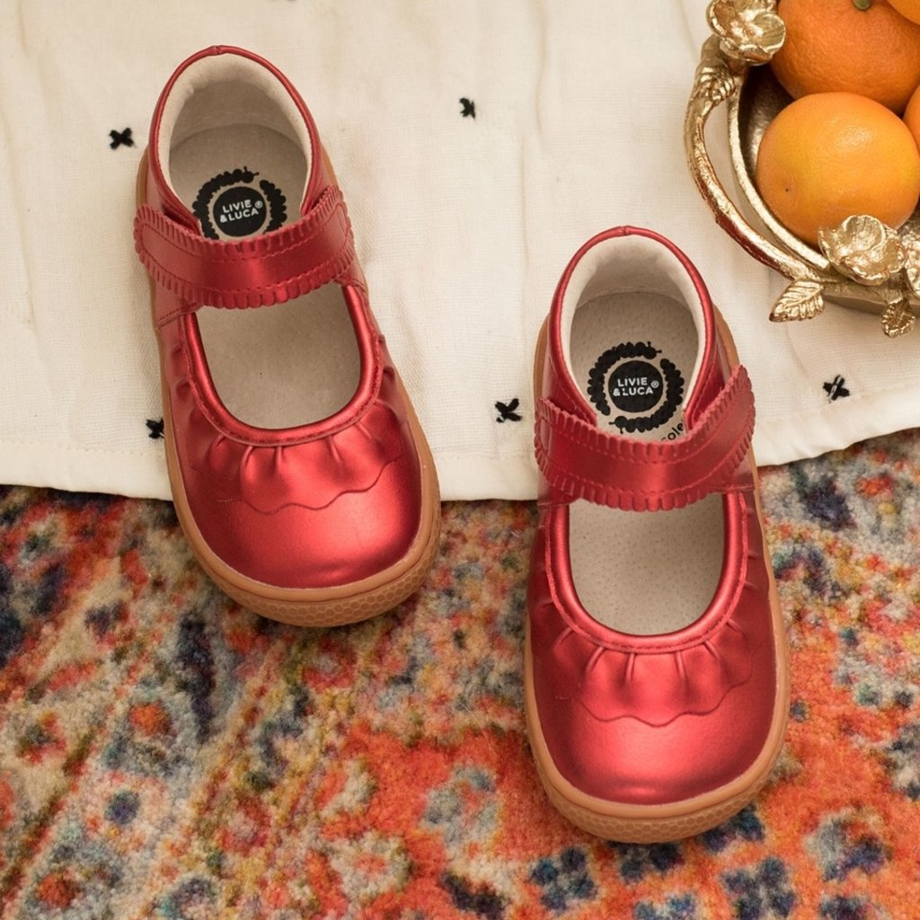 LIVIE AND LUCA RUCHE / RED METALLIC - YOUTH