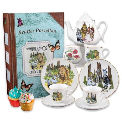 WIZARD OF OZ LARGE TEA SET IN BOX