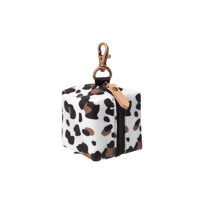 PETUNIA PICKLE BOTTOM PACIFIER PORTER- LEOPARD