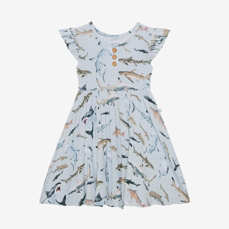 POSH PEANUT MAVERICK - RUFFLED CAPSLEEVE HENLEY TWIRL DRESS