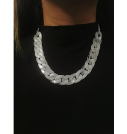 COLLIER-16