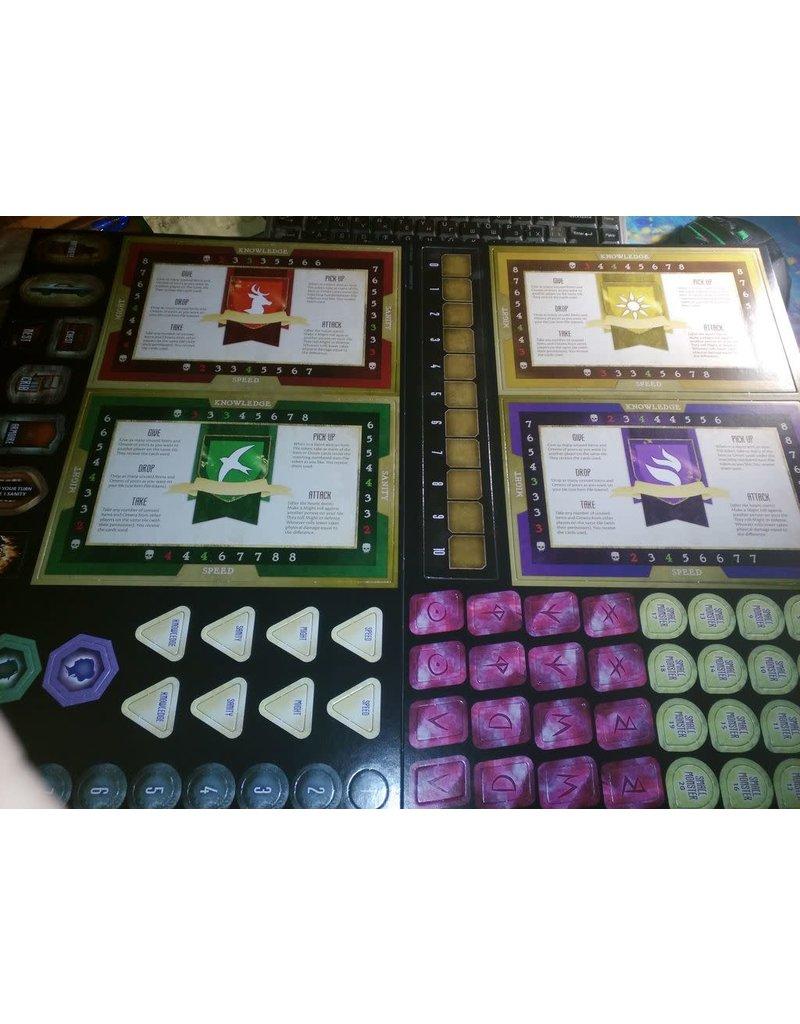 Avalon Hill Games Betrayal Legacy