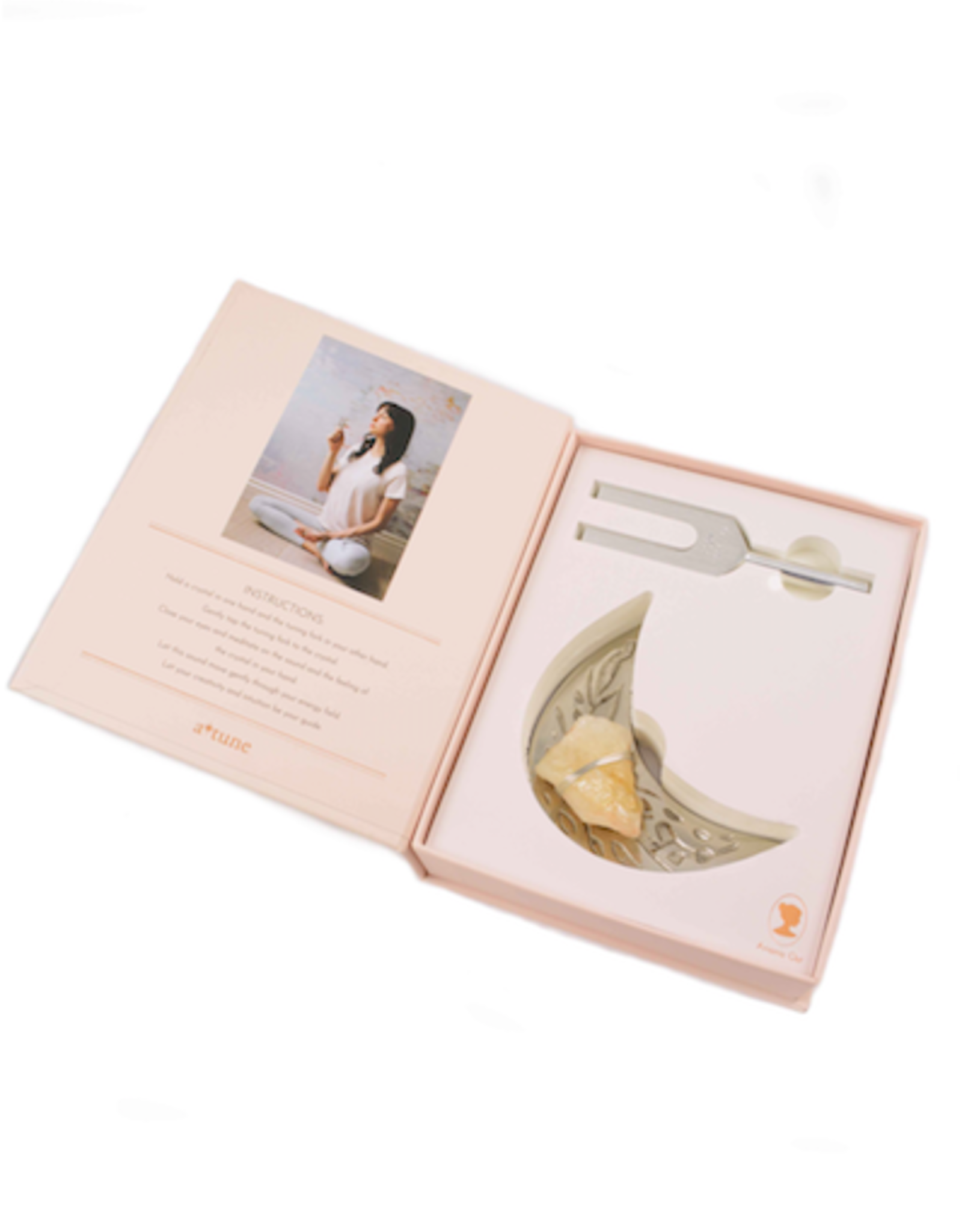 Ariana Ost Sound Healing Crystal Kit: Moon