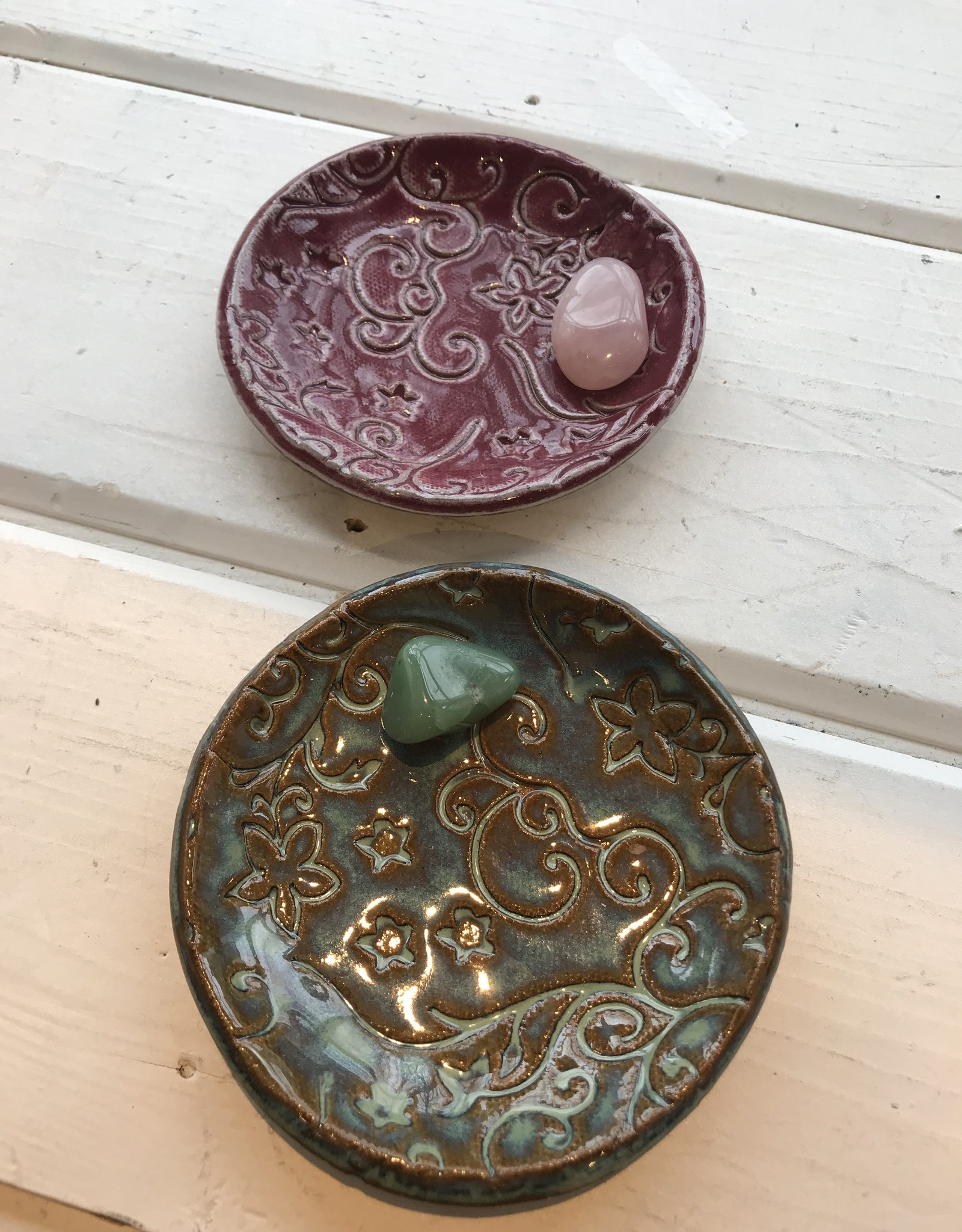 Burnt Mill Potters Loose Herb Holder: Round Dish (Assorted)