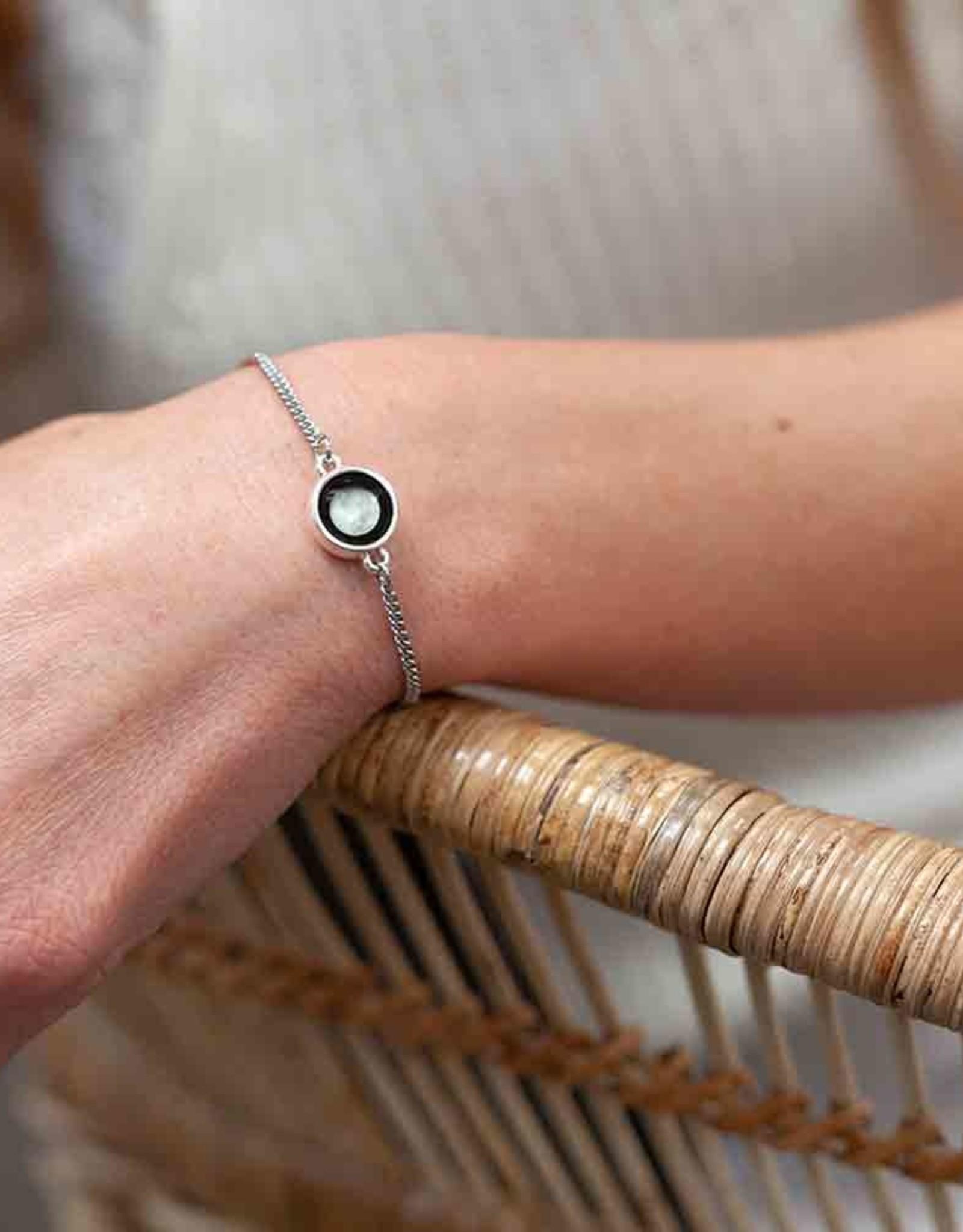 Moonglow Pallene Bracelet